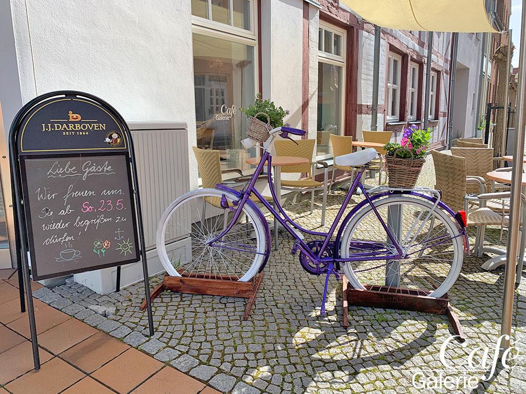 Pfingsten-Galerie Cafe Barth
